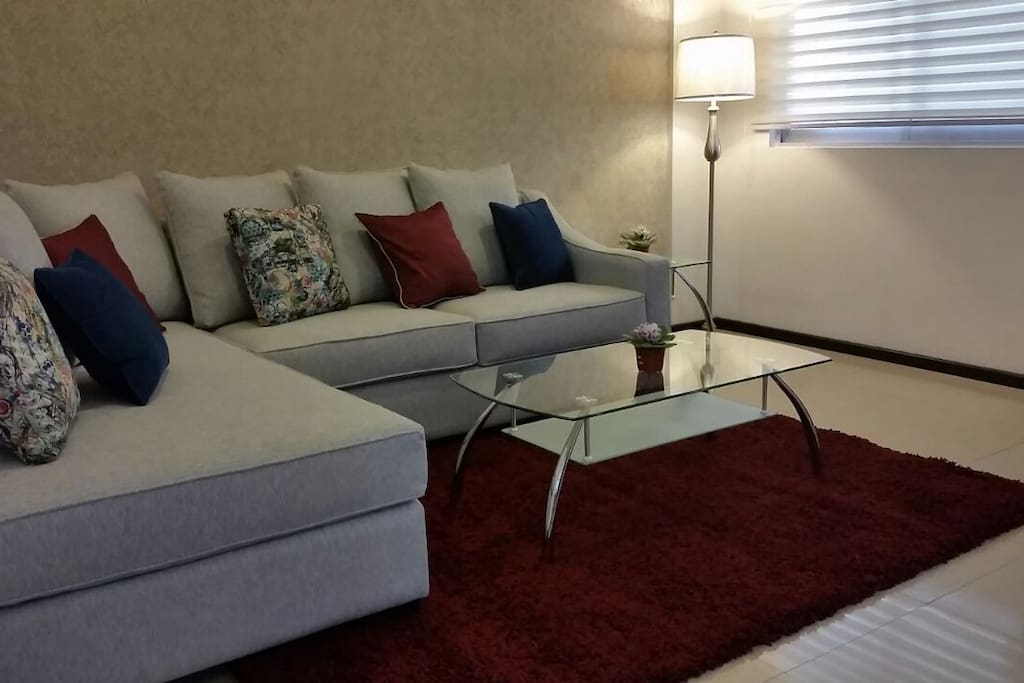 Área de sala confortable y elegante