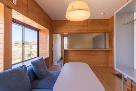 [YUI-ISHIYA] Room C: Spacious Western-style Room