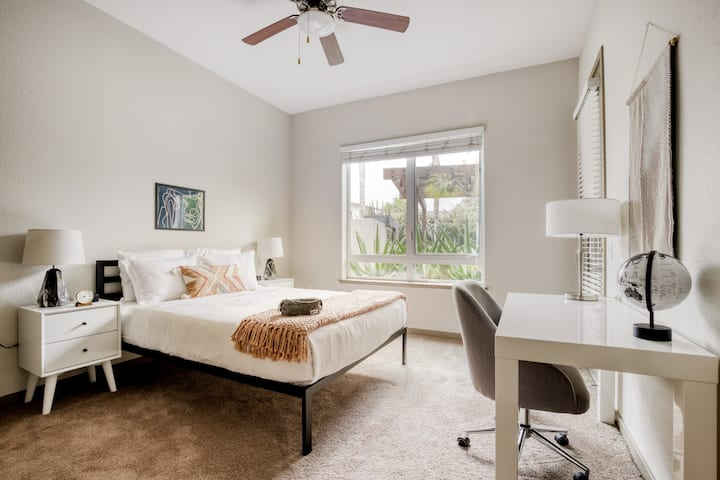 Charming 1BR in Sunnyvale, Gym + Parking