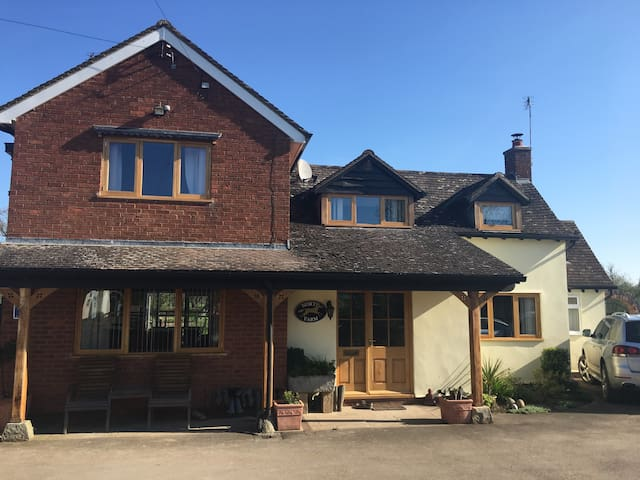 North Farm Bed and breakfast Malvern