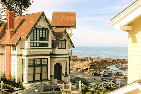 3119 Yellow House Guest - Ocean Views! - Pacific Grove