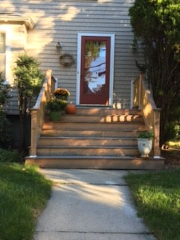 Close Cambridge/Boston/great home sleeps 5-6 RELAX - Belmont - Huis