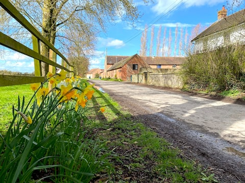 Barn End: A Haven of Tranquility in Shropshire
