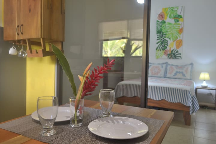 Quiet Apartment Equipped Very close to the Beach