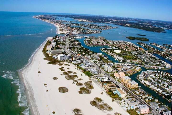 Treasure Island 1 Bd Condo March Break Rental