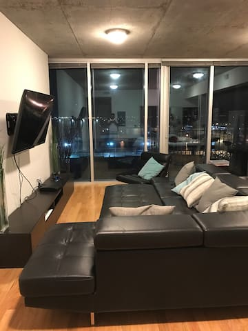 Cozy Modern Loft in the Heart of the City - Tampa - Daire