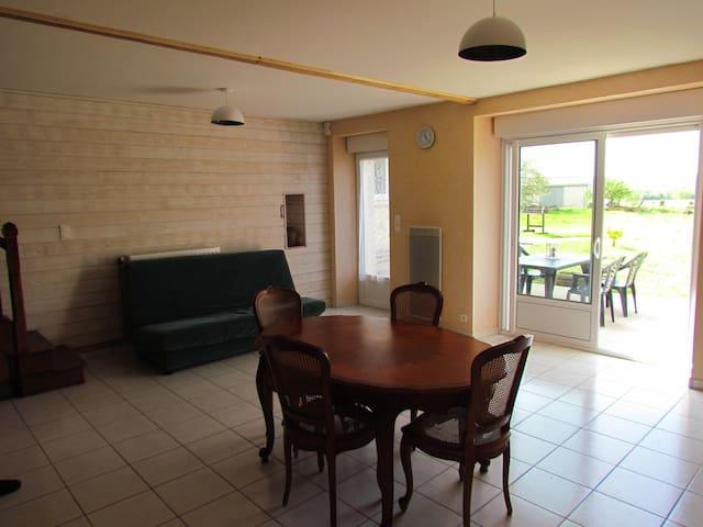 Maison proche Puy du Fou 4/6 places - La Pommeraie-sur-Sèvre - Huis