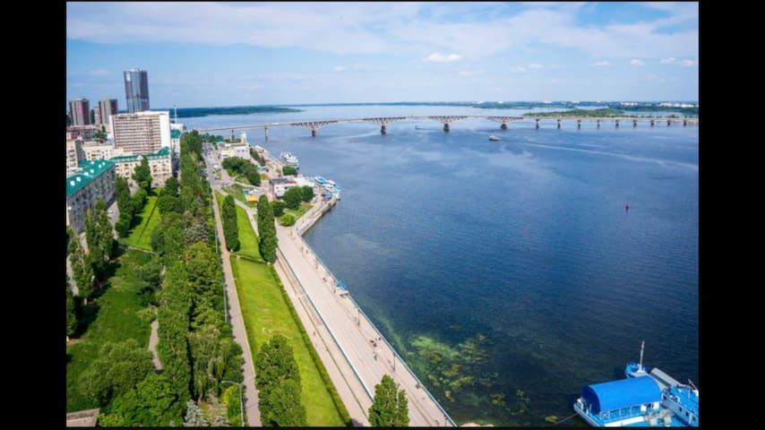 Просторная квартира на берегу Волги - Саратов - Leilighet