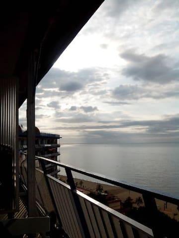 ALQUILER VACACIONAL IDEAL PARA NIÑOS - Canet de Mar