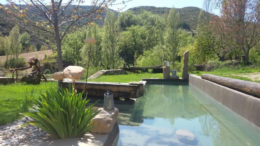 Para relajarse y disfrutar.....Casa Tena - Huesca - Lejlighed