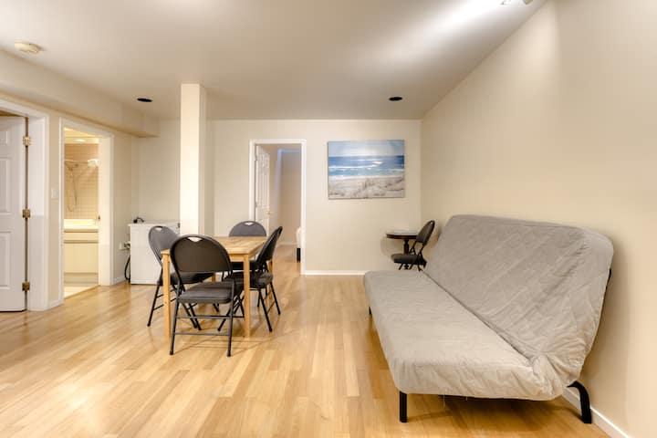 Jun S Quiet And Spacious 2 Bedroom Basement Suite Guest Suites For Rent In Vancouver British Columbia Canada