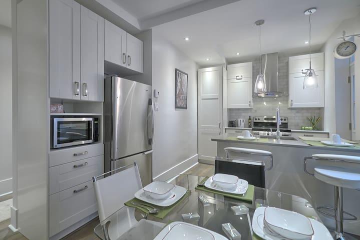 Neuf, confortable et sécuritaire - Montreal - Apartamento