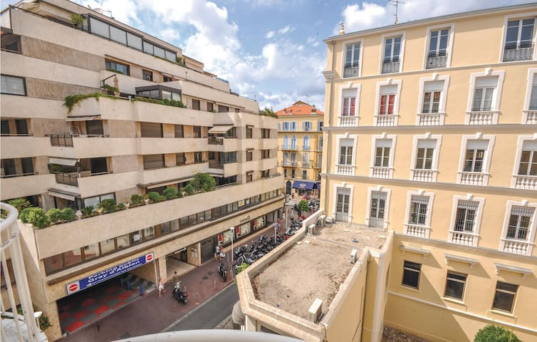 Holiday apartment with 1 room on 35m² in Cannes