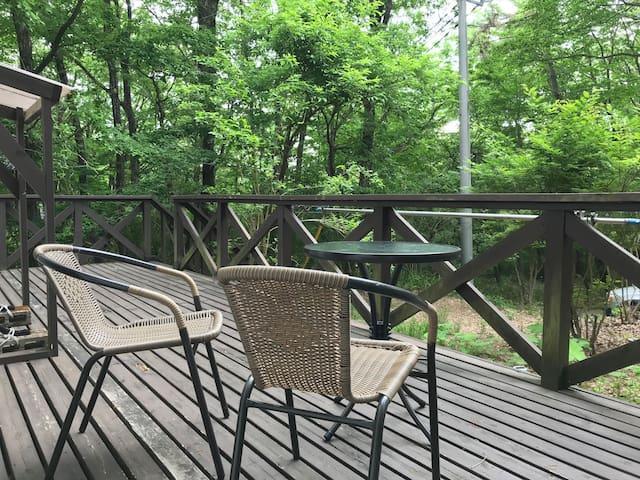 那須高原の別荘。2SLDKで大家族でも対応。近くの公園、名勝、温泉、レストラン等アクセスも最高。