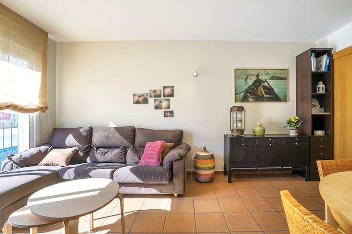 Apartamento nuevo en el centro del pueblo - El Port de la Selva