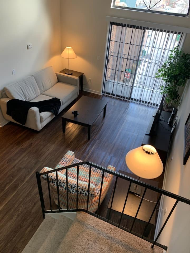 Lofted 2 bedroom in the heart of Northville!