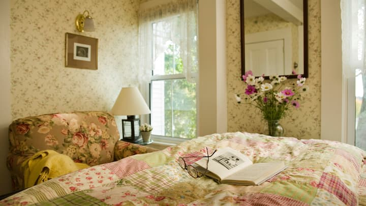 The Ketch - Harbour Cottage Inn Bed and Breakfast