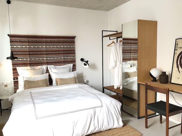 Design Apartment / Casa Figa 39 / Central Location