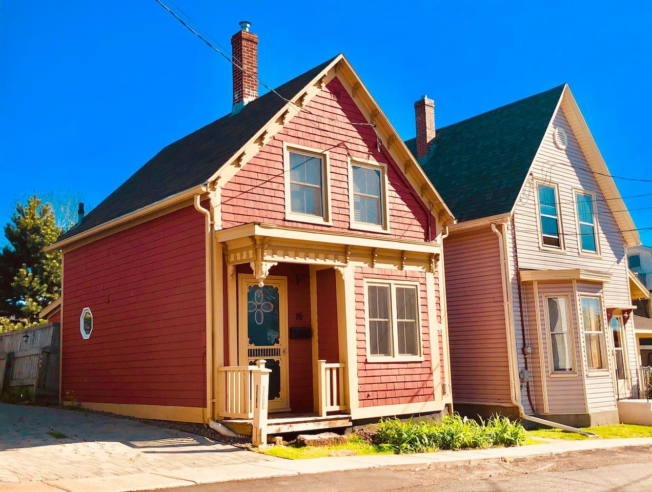 Charlottetown Doll House