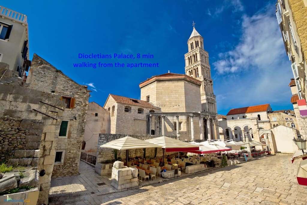 Diocletians Palace, 8 min walking from the apartment