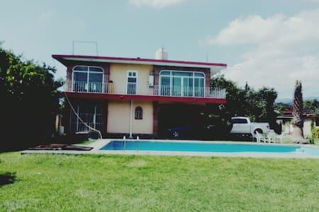 Hermosa Casa en Totolapan - Totolapan