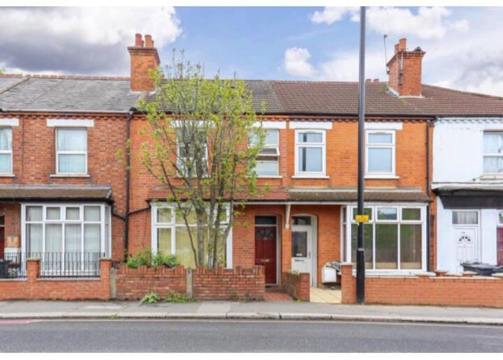 House in Brentford