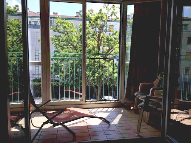 Silent flat 70 m2, 4 persons, Stammersdorf. Vienna