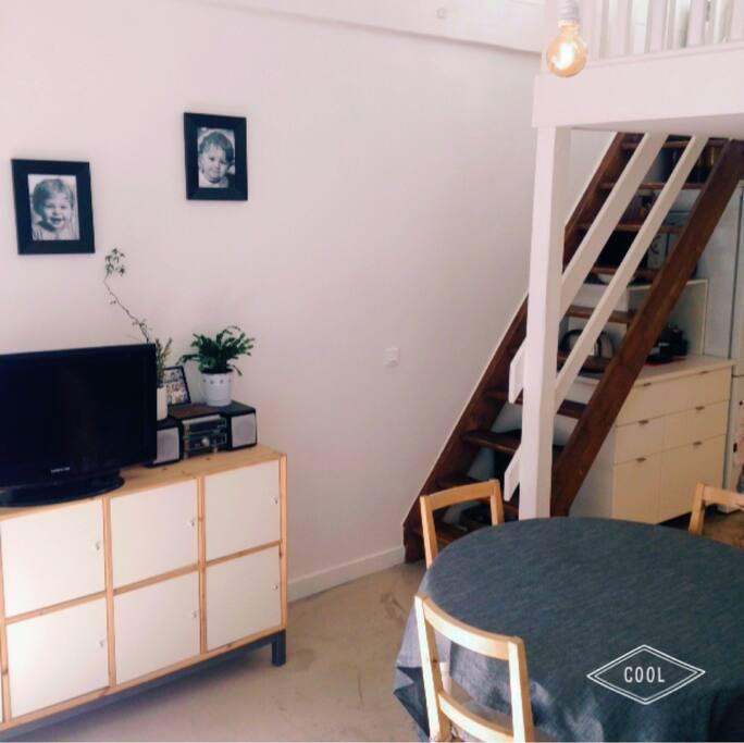 Salon et cuisine - 1er étage