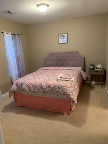 Nice comfortable Queen size bed