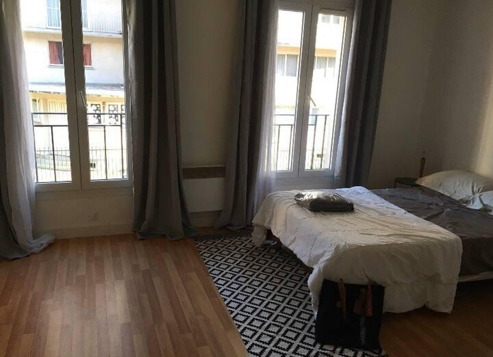 Confortable studio idéal pour visiter Paris