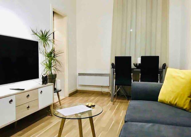 Paris 17 Levallois appartement cosy et très propre
