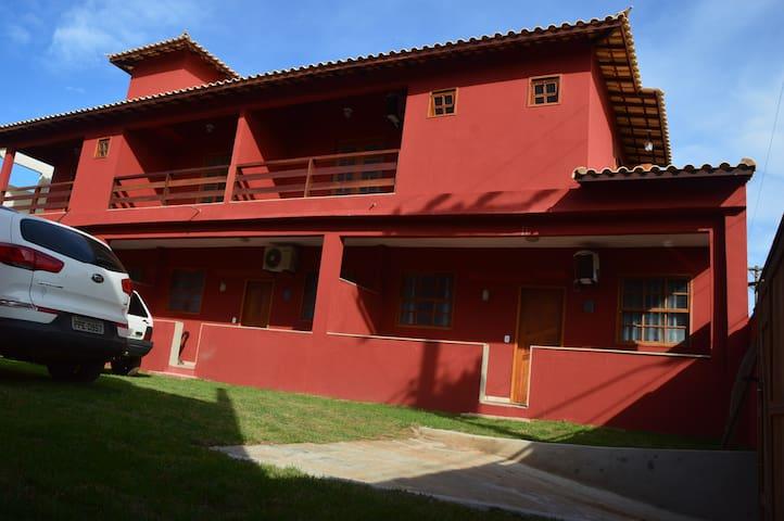 Apartamento 100 m da praia com garagem