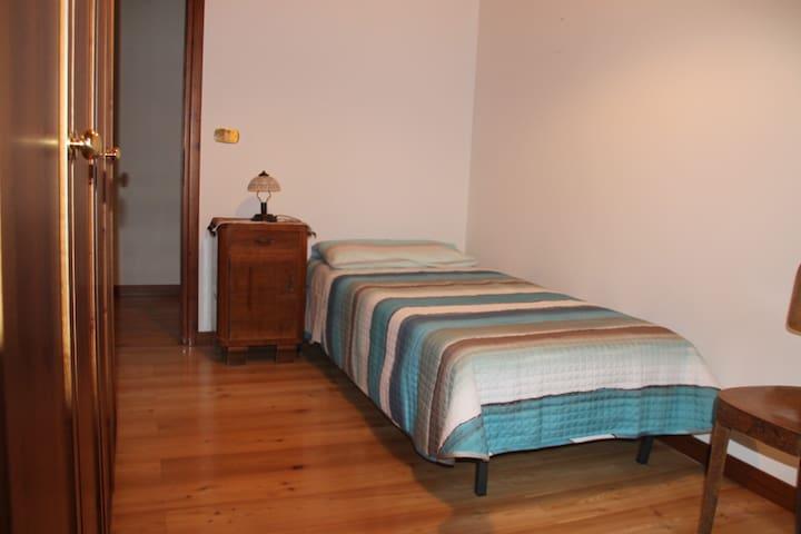 Casa di Inna (Stanza Alessia)