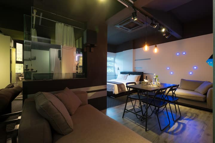 2-4 pax HIGH TECH cinema Studio高科技影院套房from RM199+