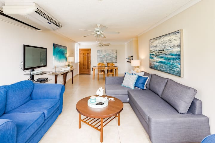 Isla Verde Beach Apartment for a Party of 6