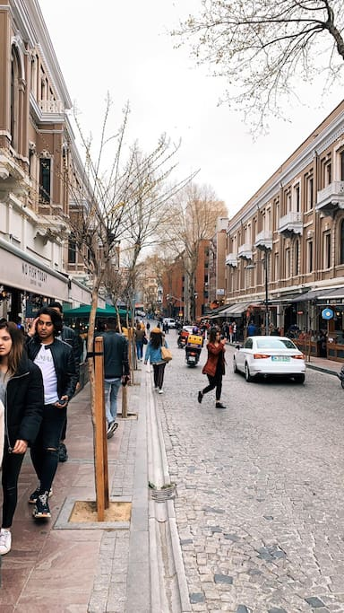 Streets fully with cafes/restaurants