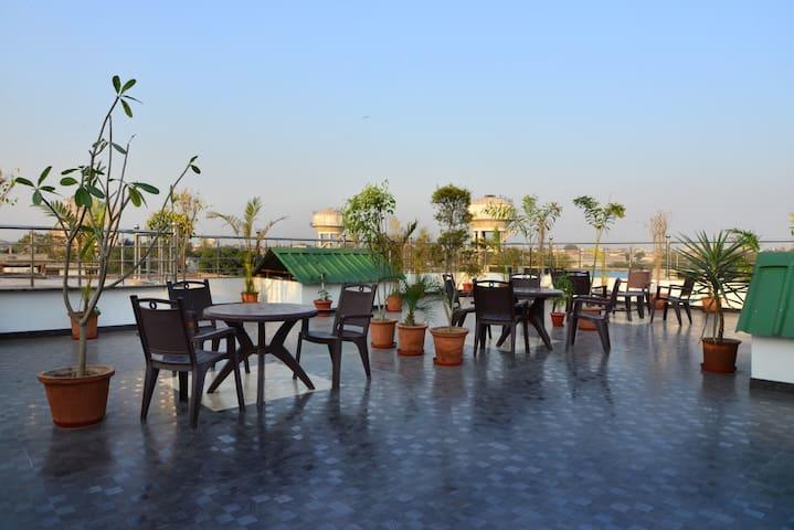 Comfortable stay at Paharganj