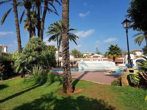 El Retiro 6, apart, playa 100m, piscina 50 m Denia