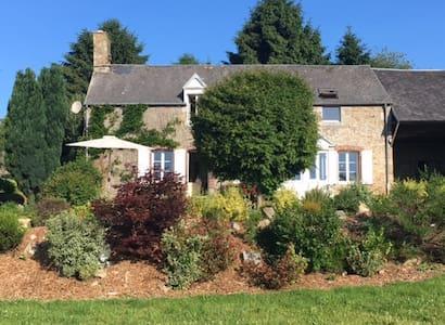 Le Bourg Farmhouse