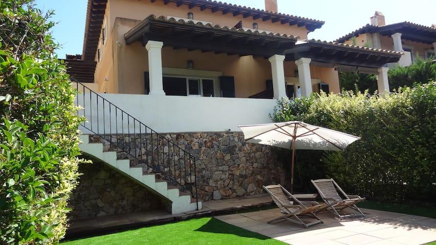 Lovely Mediterranean Villa