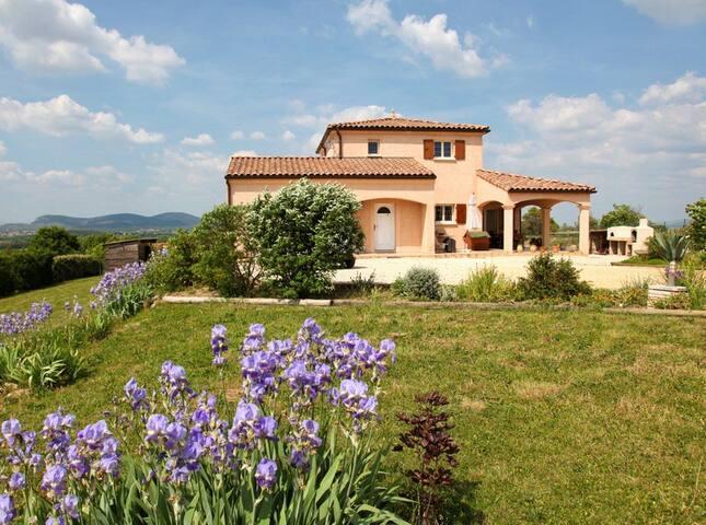 Bastide Le Licou - Gard 30500 Potelières