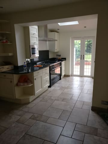 Double room in South Croydon easy access to London