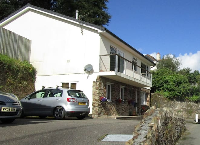 2 Bedroom Guest Suite, Lostwithiel, Cornwall