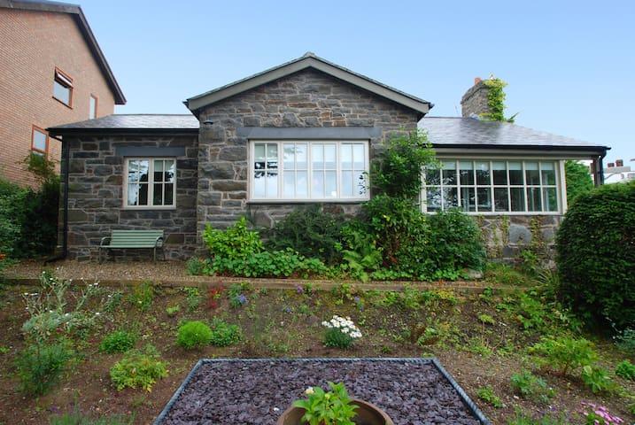 Copthorne Cottage   Great Escapes Wales