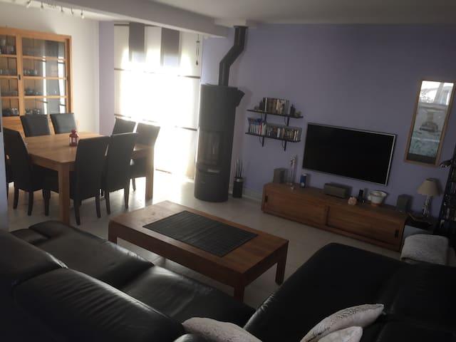 Maison récente et spacieuse, toute équipée - Richwiller - House