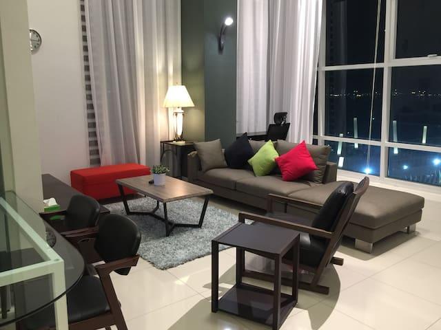 Maritime Penang Sea View Duplex Suite (*海景*) - George Town - Loft