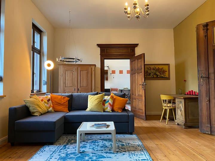 Wohnung 80qm auf Vierseitenhof nahe Saale und Elbe