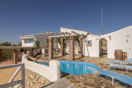 A traditional yet modern rural house with sea view - Velez Malaga - Villa