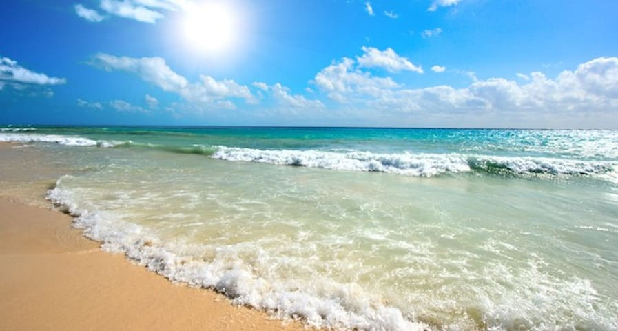 Near beach,4 b house,private pool - Larnaka - House