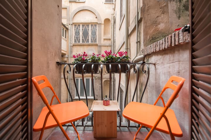Romantico - Roma - Pis